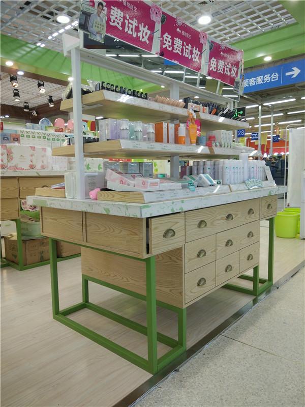 化妝品店中島貨架定制-上海品美展柜廠